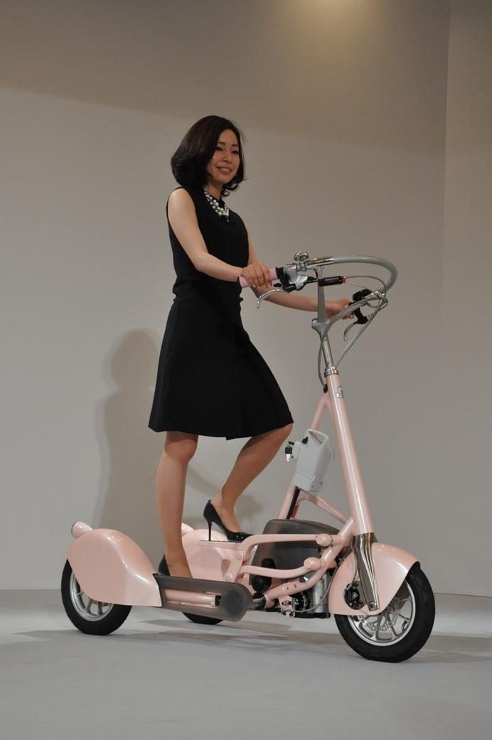 高齢社会の日本が生んだ新モビリティ、ウォーキングバイク 21枚目の写真・画像