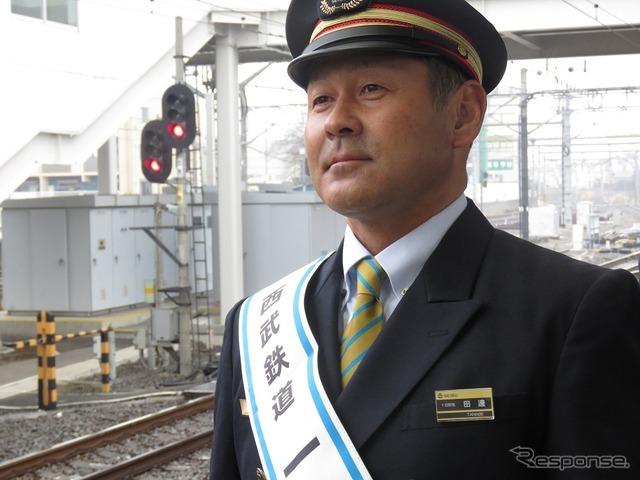 ライオンズ田辺徳雄監督、所沢駅の一日駅長に就任 5枚目の写真・画像