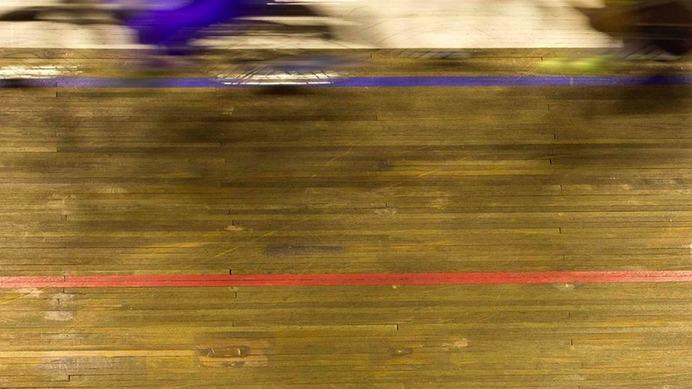 アムステルダム6日間レースでバイクペーサーのライダーが重傷