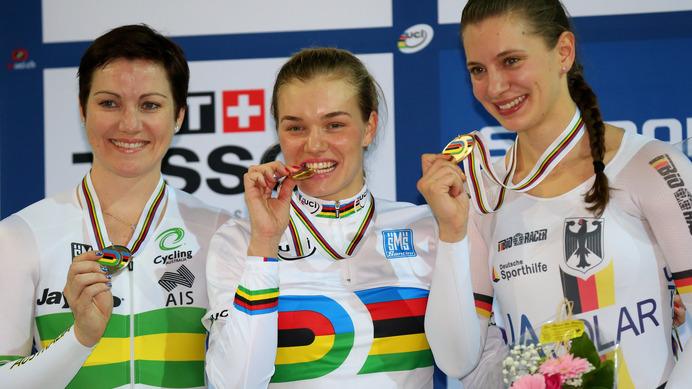 【トラック世界選手権15】女子500mタイムトライアル、ロシアのボイノバが金メダル