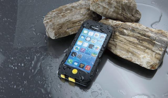 iPhone5/ 5Sを自転車ナビとしてハンドルに装着するための防水ケース