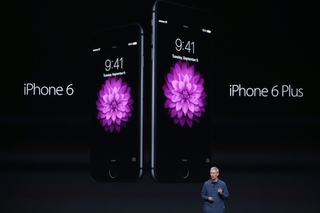 iPhone 6とiPhone 6 plusを発表 (c) Getty Images