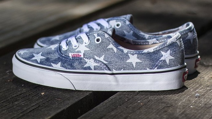 Authentic Washed Stars スニーカー by Vans