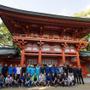 【ツール・ド・フランスさいたまクリテリウム14】海外選手が日本文化に触れる交流会 武蔵一宮氷川神社で巫女舞を見学の画像