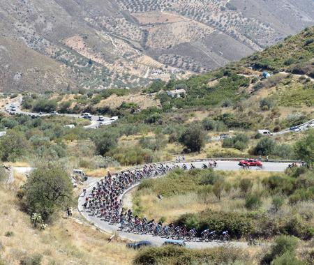 【ブエルタ・ア・エスパーニャ14】第6ステージのハイライト、山頂ゴールでバルベルデが区間優勝と総合首位に