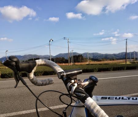 【南日本グルメライド】ライダーの燃費は極めて悪いものだけれど…畑の真ん中に今川焼!
