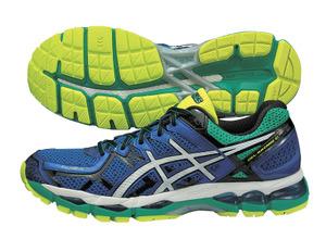 フルマラソンを目指すランナーに、足首安定のランニングシューズ アシックス 画像