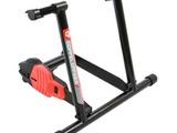 自宅での自転車運動によるメタボ対策をサポートするスタンド 画像