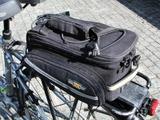 【津々見友彦の6輪生活】ゴムロープが襲いかかる!…自転車乗車時、荷物をどう運ぶ? 画像